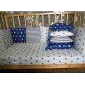 Бортик из 12 подушечек в кроватку